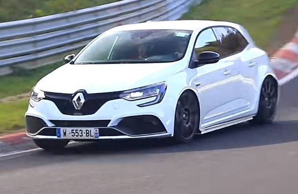 Renault Megane RS MY 2018: tentativi di record al Nurburgring? [VIDEO]