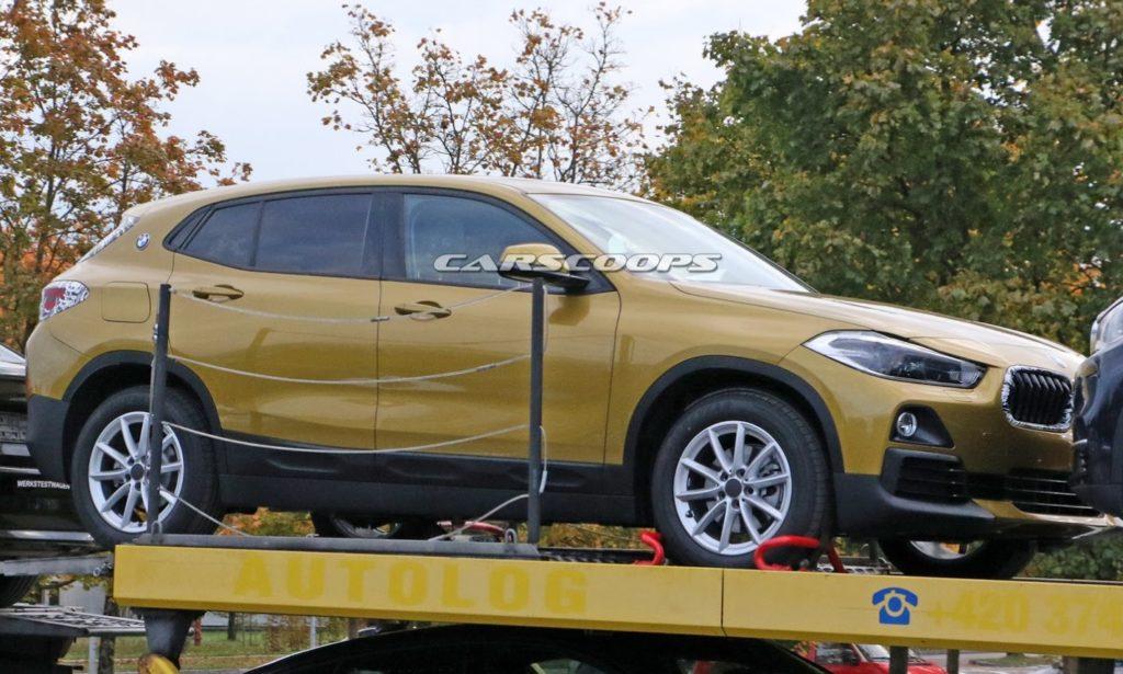 BMW X2 beccata senza camouflage: ecco che look avrà [FOTO SPIA]