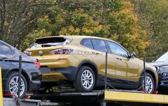 BMW X2, le prime reazioni dopo le foto senza camouflage