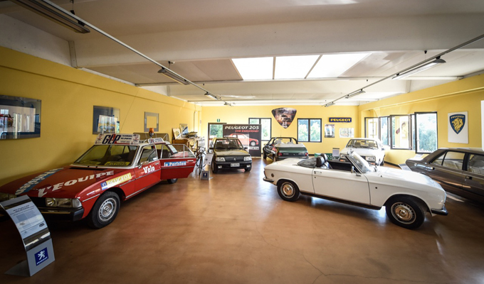 Galerie Peugeot a San Gimignano: una storia di passione per il Leone che dura da dieci anni [FOTO]