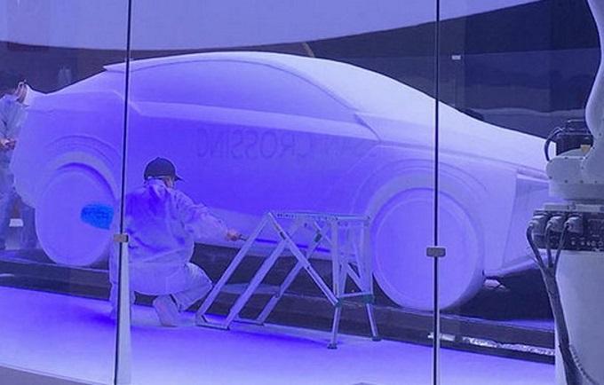 Nissan, prima immagine del SUV elettrico che debutta al Salone di Tokyo [VIDEO]