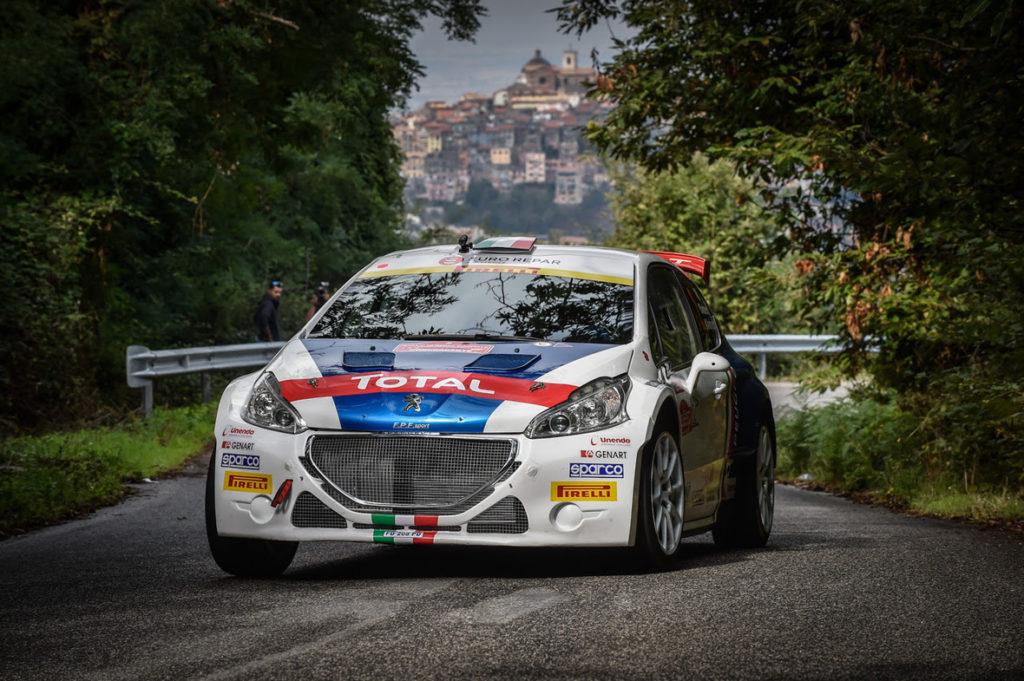 Pirelli fa festa per il decimo titolo italiano rally di Peugeot