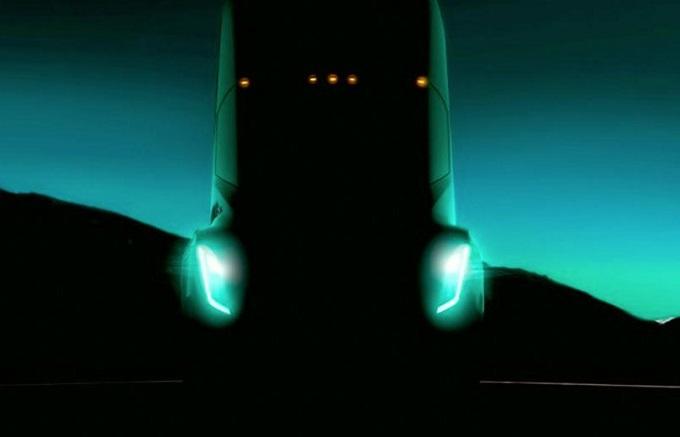 Tesla posticipa il debutto del suo primo camion al 16 novembre
