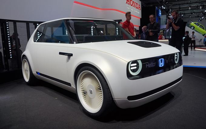 Honda Urban EV Concept: il modello di serie arriverà in Europa nel 2019