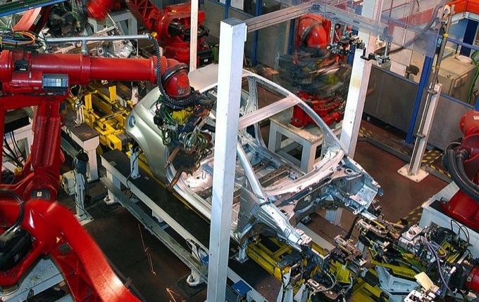 Auto, mercato europeo in calo del 2% a settembre
