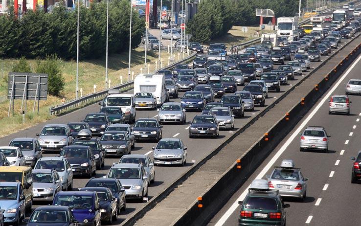 Pedaggi autostrade: come pagare evitando le code
