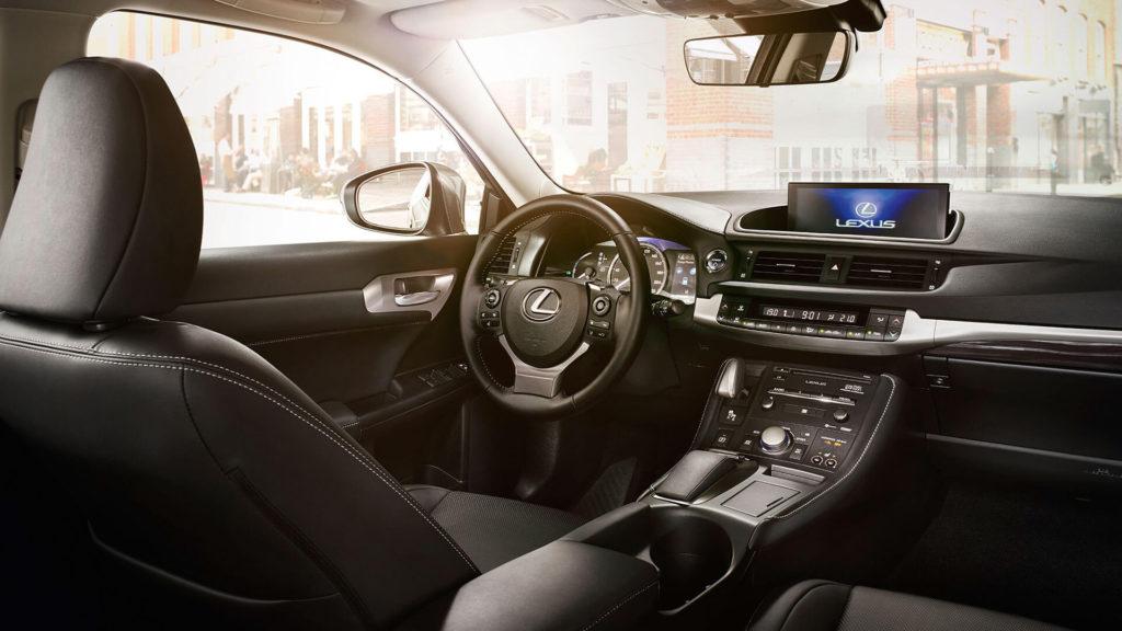 Lexus CT Hybrid MY 2018: aggiornamenti per interni ed infotainment
