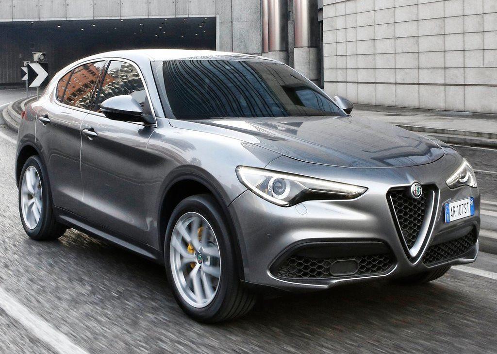 Alfa Romeo Stelvio, a ottobre 2017 le vendite in Italia sono ai livelli dell'Audi Q3