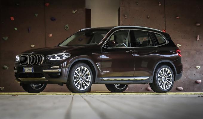 Nuova BMW X3: viaggiare in modo tecnologico [VIDEO INTERVISTA]