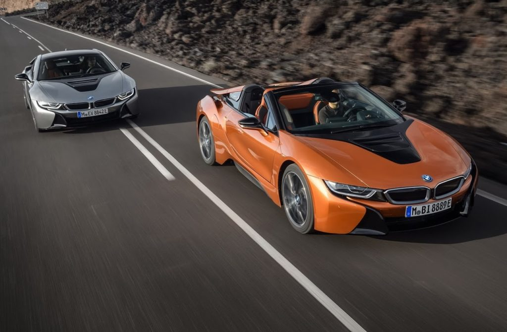 BMW i8 Roadster la supercar ibrida bavarese diventa una bella scoperta