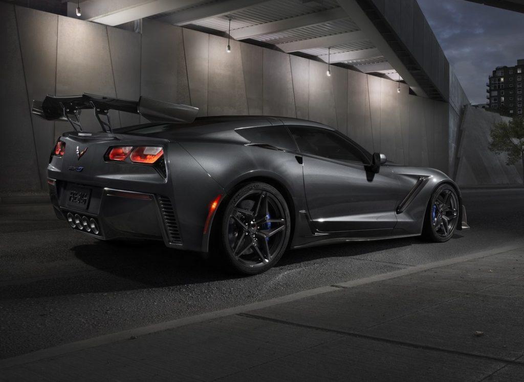 Chevrolet Corvette ZR1: punta a girare sotto i 7 minuti al Nurburgring