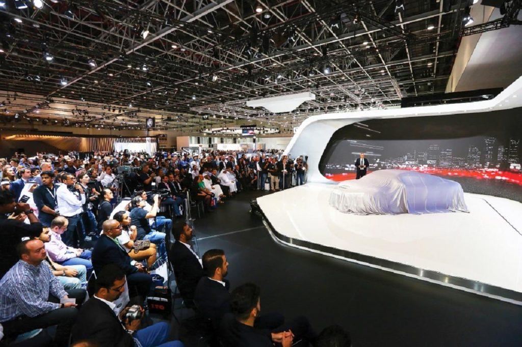 Motor Show Internazionale di Dubai: riflettori accesi sulle auto elettriche