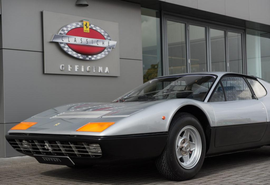 """Ferrari: 48 concessionari hanno ricevuto la nomina di """"Officina Autorizzata Ferrari Classiche"""""""