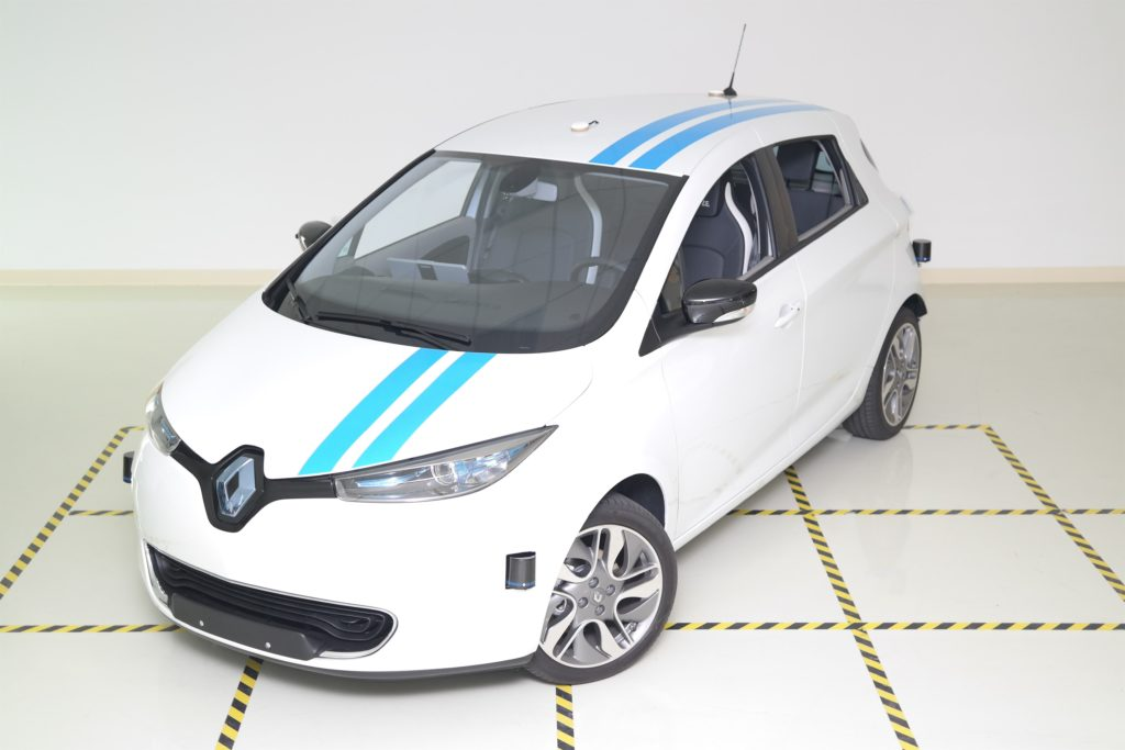Renault lavora sulla guida autonoma capace di gestire situazioni inedite