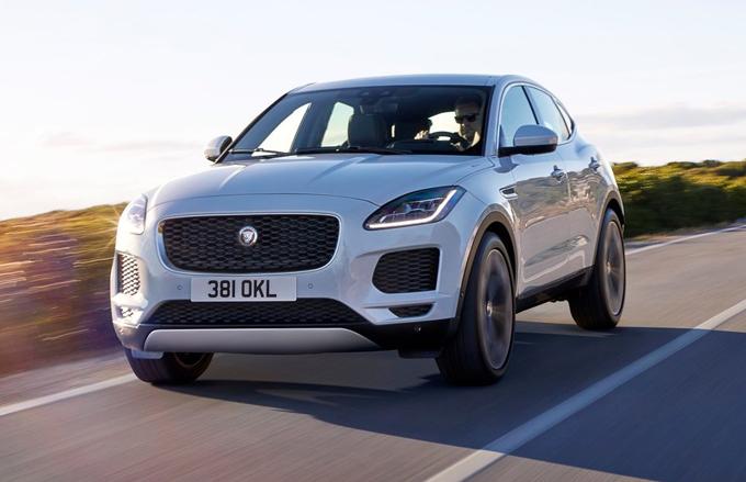 Jaguar E-Pace ottiene le 5 stelle Euro NCAP [VIDEO]