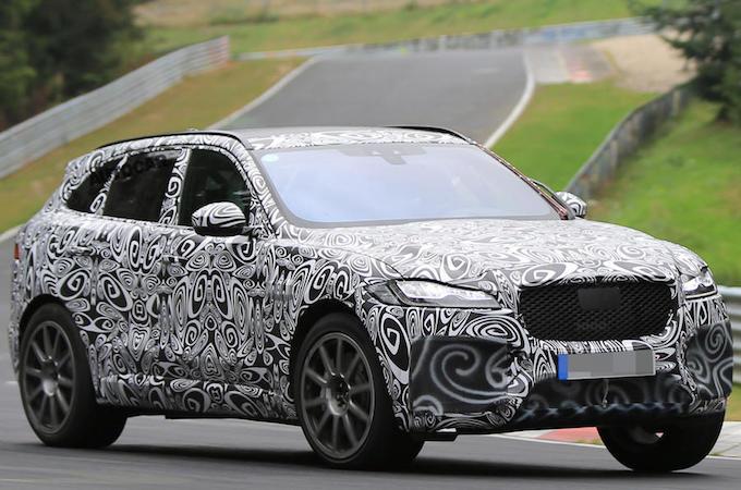 Jaguar: il SUV F-Pace mette i muscoli e diventa SVR [FOTO SPIA]