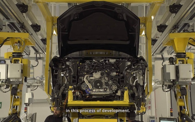 Lamborghini Urus, proseguono le anticipazioni del Super SUV del Toro [VIDEO]