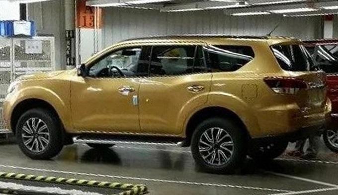 Nissan, il nuovo SUV su base Navara sta per arrivare [FOTO LEAKED]