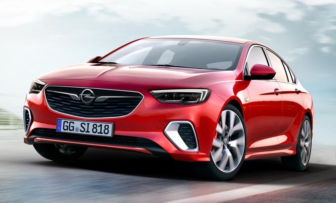Opel: riduzione dei modelli per sviluppare competenze nell'elettrico
