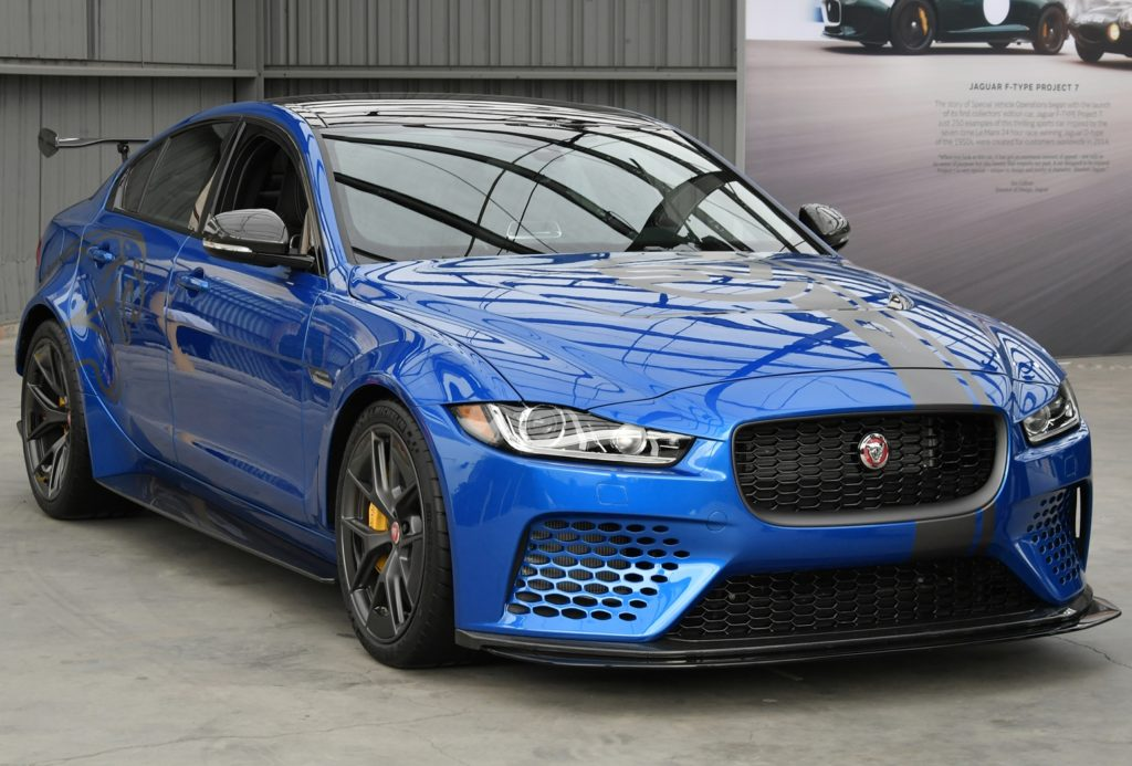 Jaguar XE SV Project 8: la berlina più veloce del mondo fa tappa a Los Angeles