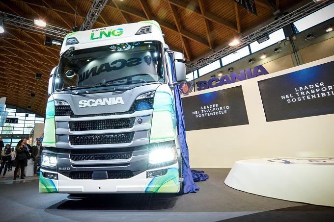 Scania ad Ecomondo 2017 presenta i motori a gas per la nuova generazione di veicoli