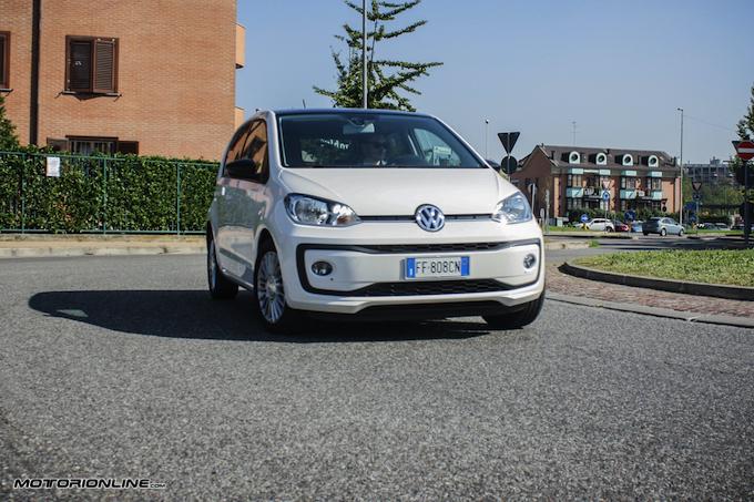 Volkswagen up! 75 CV per muoversi agili e sicuri in città [PROVA SU STRADA]