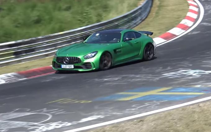 Mercedes AMG GT R Black Series: nuovi collaudi al Nurburgring [VIDEO SPIA]