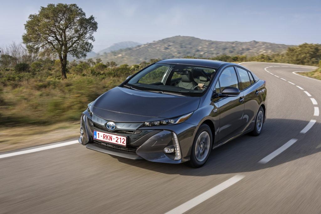 Toyota: l'obiettivo è vendere oltre 5,5 milioni di vetture elettrificate all'anno