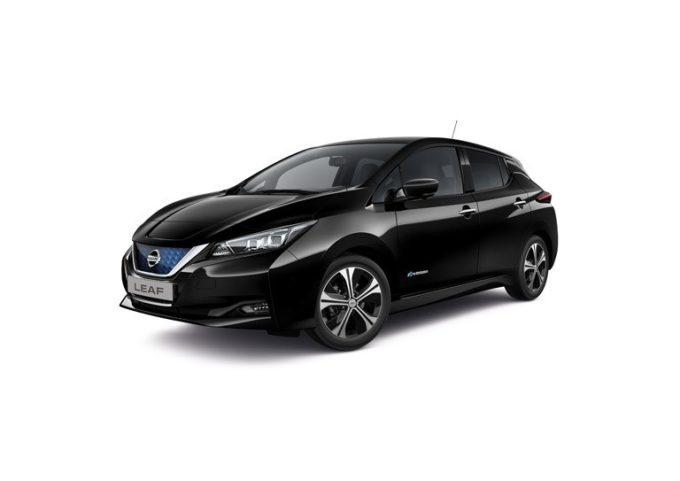Nuova Nissan LEAF: in Europa già 10.000 ordini in soli due mesi