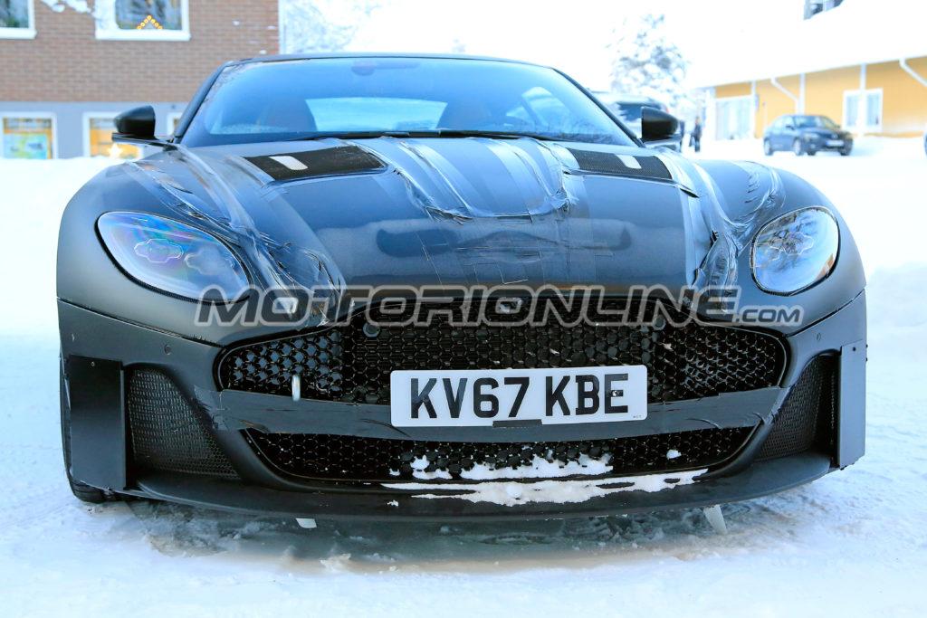 Aston Martin Vanquish: il nuovo modello sfida il gelo scandinavo [FOTO SPIA]