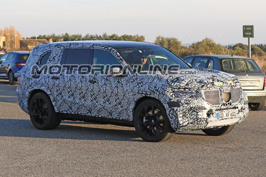 Mercedes GLS: la nuova generazione è già su strada [FOTO SPIA]