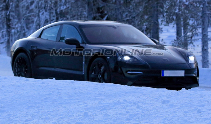 Porsche Mission E: dopo il Nürburgring i test proseguono a basse temperature [FOTO SPIA]