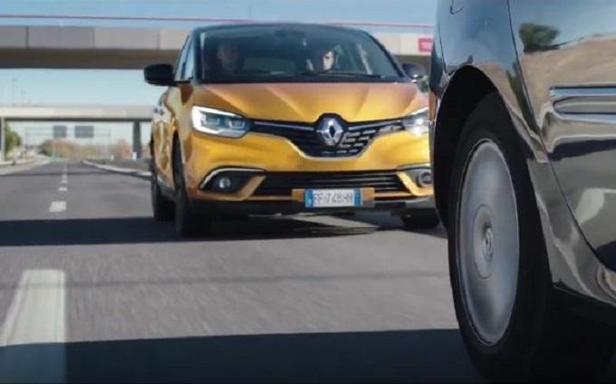 Renault Scenic, a prova di notizie inattese [VIDEO]