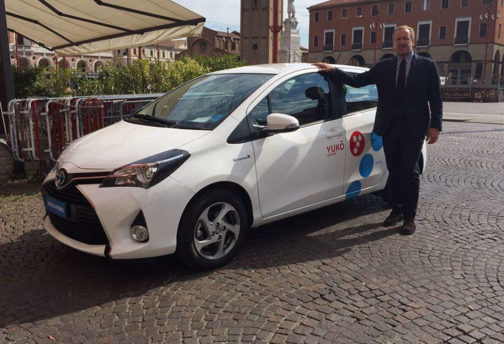 Yuko, il servizio di car sharing ibrido di Toyota sbarca a Venezia