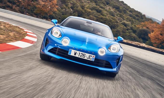 Alpine A110: una versione più sportiva in fase di studio