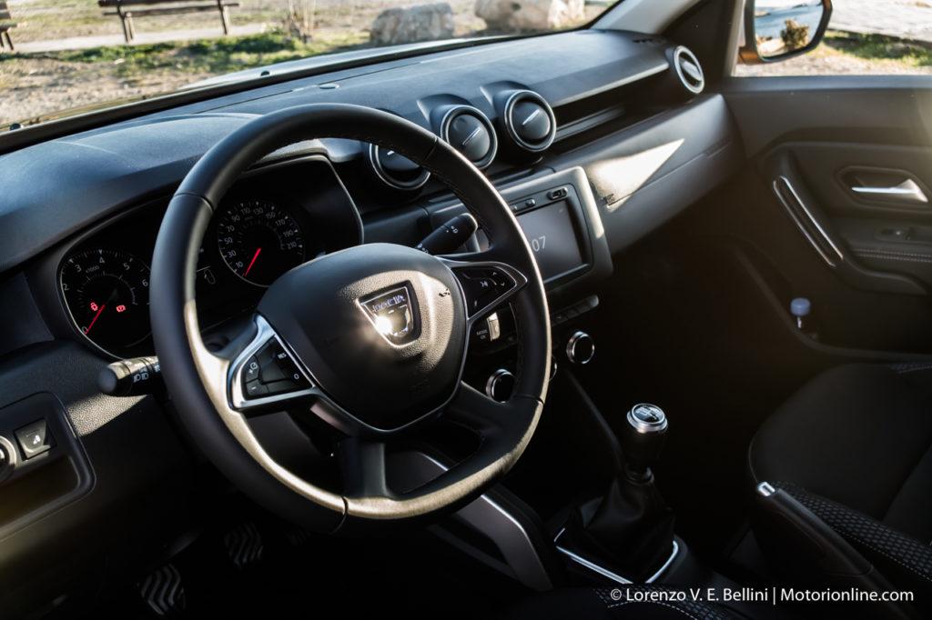 Nuovo dacia duster my 2018 pi moderno pi ricco sempre for Dacia duster 2017 interni