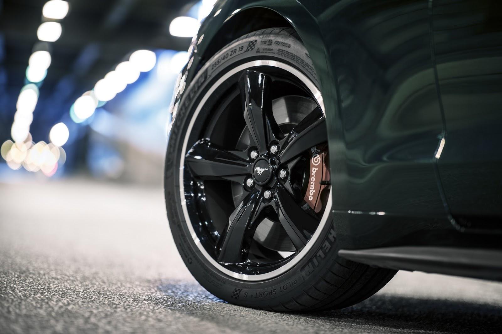 Ford omaggia Steve McQueen: ecco la Mustang Bullitt 2018