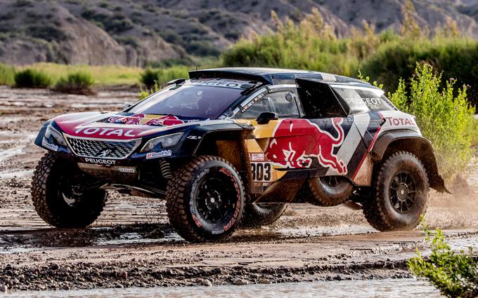 Peugeot alla Dakar, 12^ tappa: Sainz e Peterhansel in amministrazione [SPECIALE DAKAR]