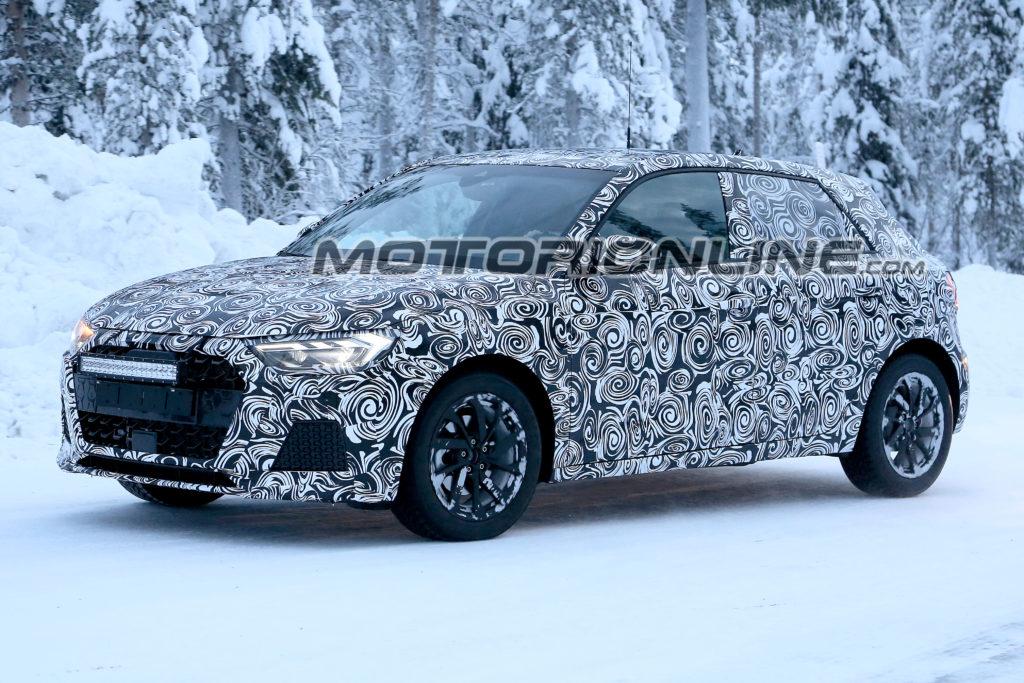 Audi A1: il nuovo modello è impegnato nei test di sviluppo [FOTO SPIA]