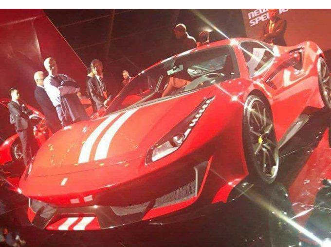 Ferrari 488 Speciale: una foto in rete scatena gli interrogativi