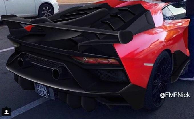 Lamborghini Aventador Performante: nuovo VIDEO SPIA e RENDERING