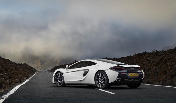 McLaren: impreziosita la gamma Sports Series, Dynamic Pack e Design Editions per la 570GT