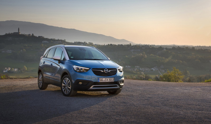 "Opel Crossland X: titolo Euro NCAP di ""Best in Class 2017"" per il crossover del Fulmine [VIDEO]"