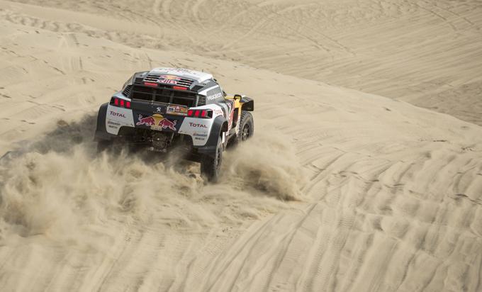 Peugeot alla Dakar, 4^ tappa: Loeb svetta nella seconda tripletta [SPECIALE DAKAR]