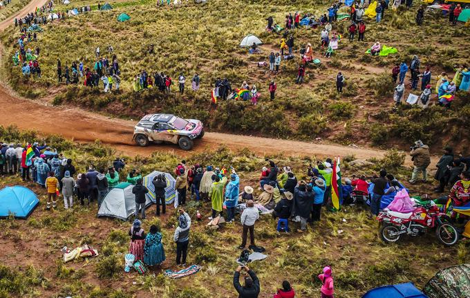 Peugeot alla Dakar, 7^ tappa: Sainz vince ed è il nuovo leader [SPECIALE DAKAR]