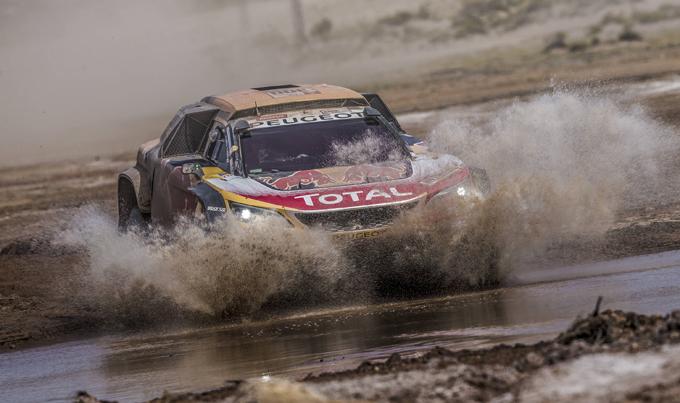 Dakar, Peugeot: Peterhansel torna alla vittoria in tappa 8, Sainz amministra il primato [SPECIALE DAKAR]