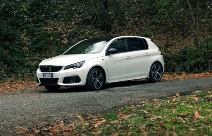 Peugeot 308 GT torna sulle strade del Rally Due Valli [VIDEO]