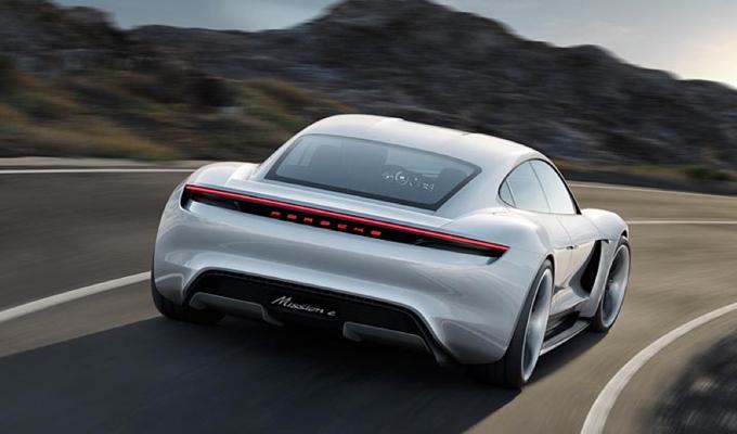 Porsche starebbe lavorando su una piattaforma definita SPE per supercar elettriche