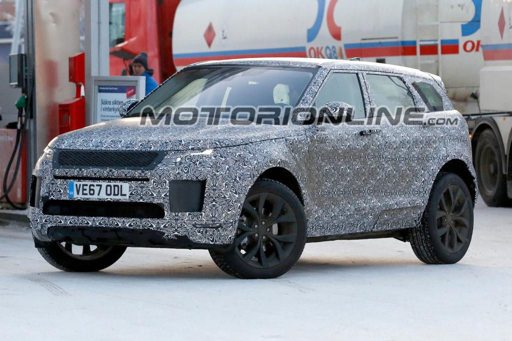 Range Rover Evoque: la nuova generazione muove i primi passi in Svezia [VIDEO SPIA]