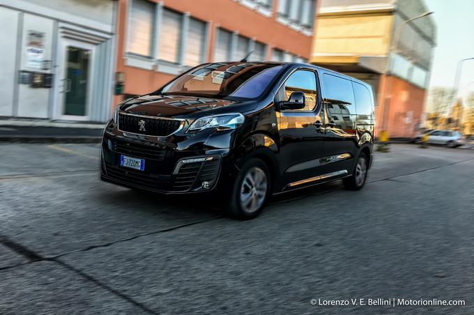Peugeot Traveller MY 2017 - Prova su Strada